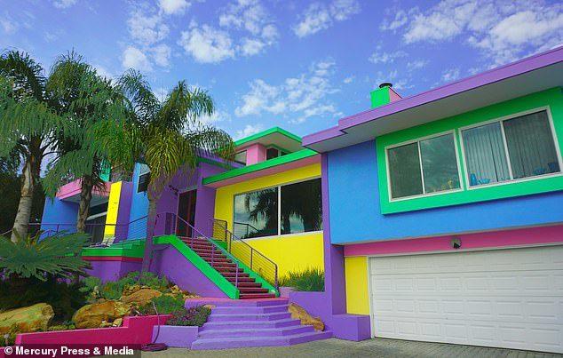 她「每年花15萬」住在芭比屋 鄰居無言:整排你最醜!