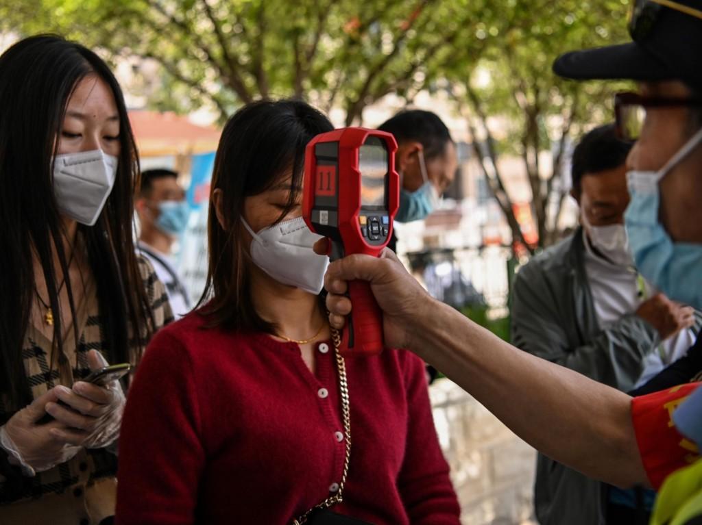武漢又發現「6例境內確診」 緊急「檢測千萬人」怕二度爆發!