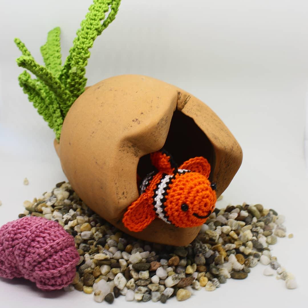 藝術家用毛線織出「整個海洋世界」 《小美人魚》明星也來了!