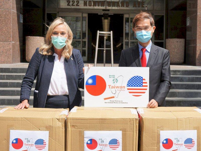 台灣捐「9萬片口罩」助防疫 洛杉磯大讚:全世界要向台灣學習