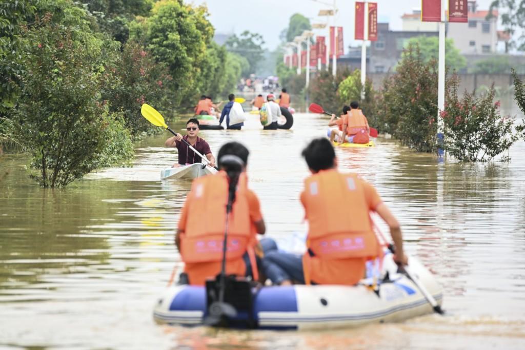 中國「爆量天災」像末日 暴雨一個月「狂砸冰雹」形狀太巧合!