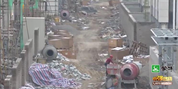 他豪砸5千萬「買中國豪宅」苦等2年 交屋只拿到廢墟垃圾場