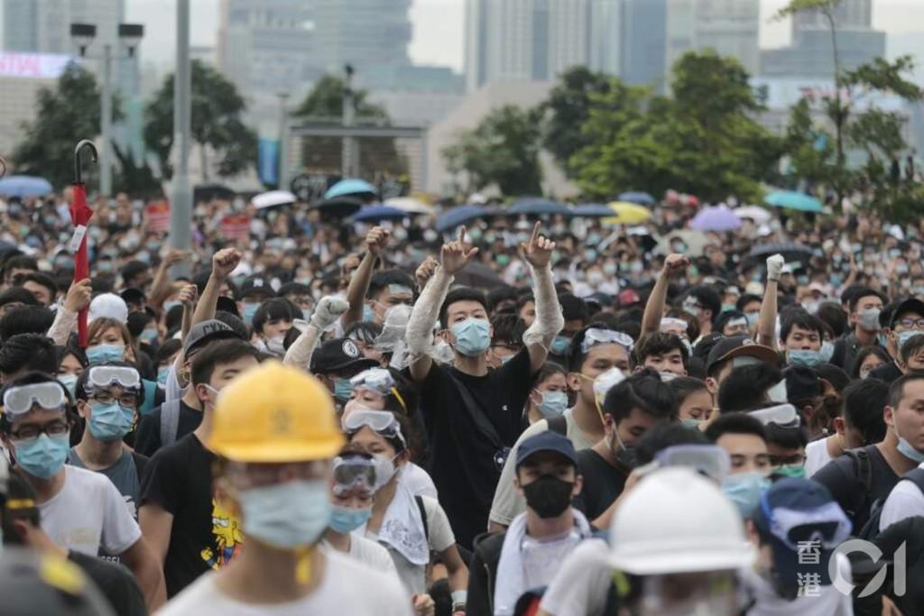 反送中共逮捕「1600名」未成年 過半香港人:希望繼續爭!