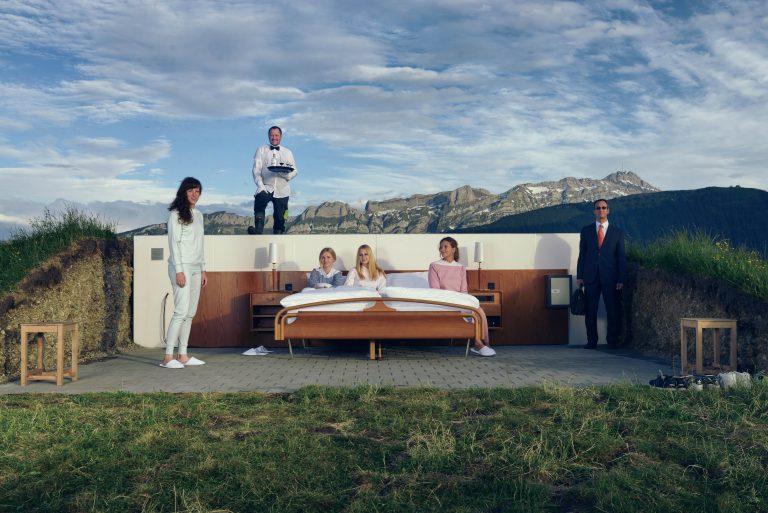 全球唯一「露天飯店」將開放 「沒牆沒天花板」網傻:下雨怎辦?