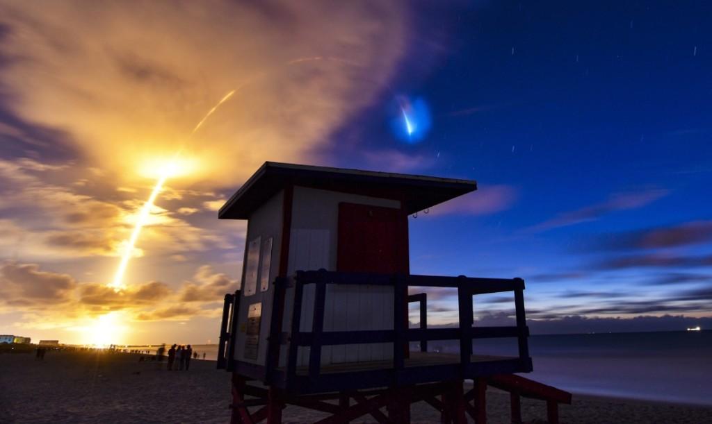 超壯觀「星鏈計畫」發射 「留下痕跡」讓人彷彿置身太空!