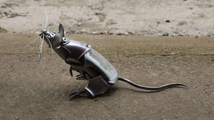 汽車廢鐵動物雕塑