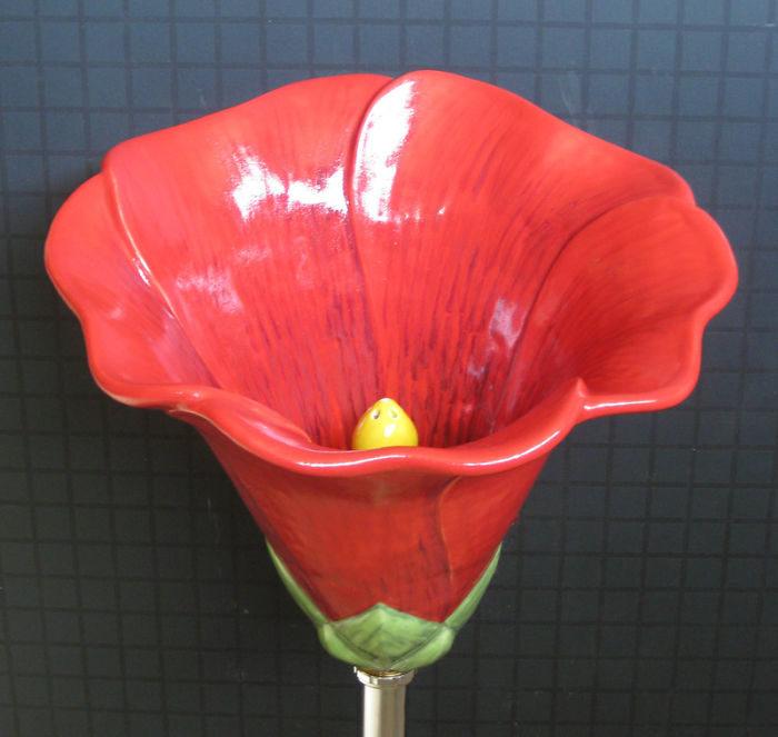 讓男人期待每一次放尿!藝術家打造「天堂小便斗」要價23萬起