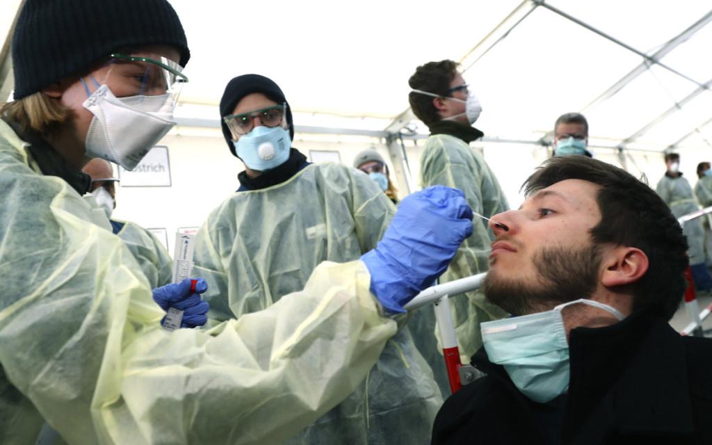 武肺單日仍「18.9萬確診」破紀錄 每「18秒」就有1人病逝!