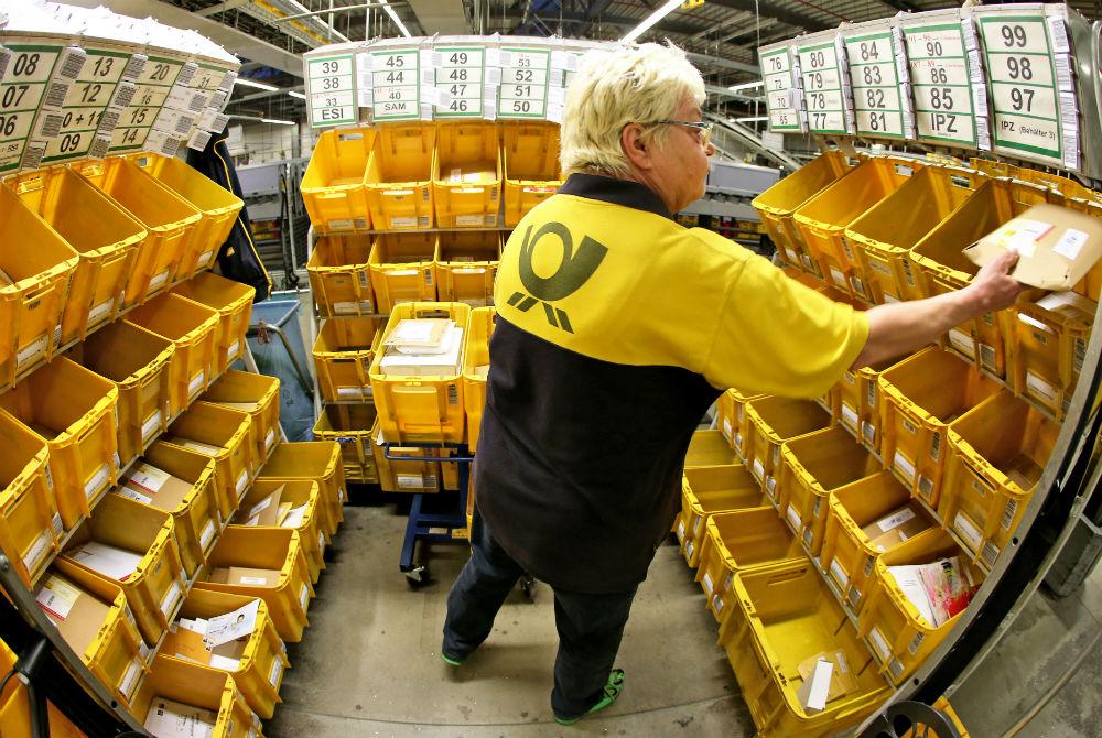 德郵局收「怪味包裹」整間緊急疏散 打開一看...是榴蓮!