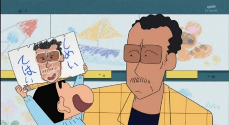 《蠟筆小新》真人版園長「兇到以為是黑道」西裝是大叔自己畫的