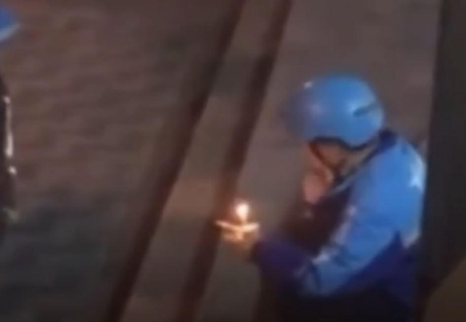 影/壽星外送員接單驚覺「收件人是自己」蹲坐路邊「哭著吃完」