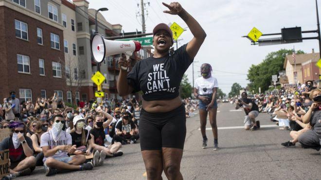 非裔男案發酵...州議會投票「解散警察局」讓社區更安全