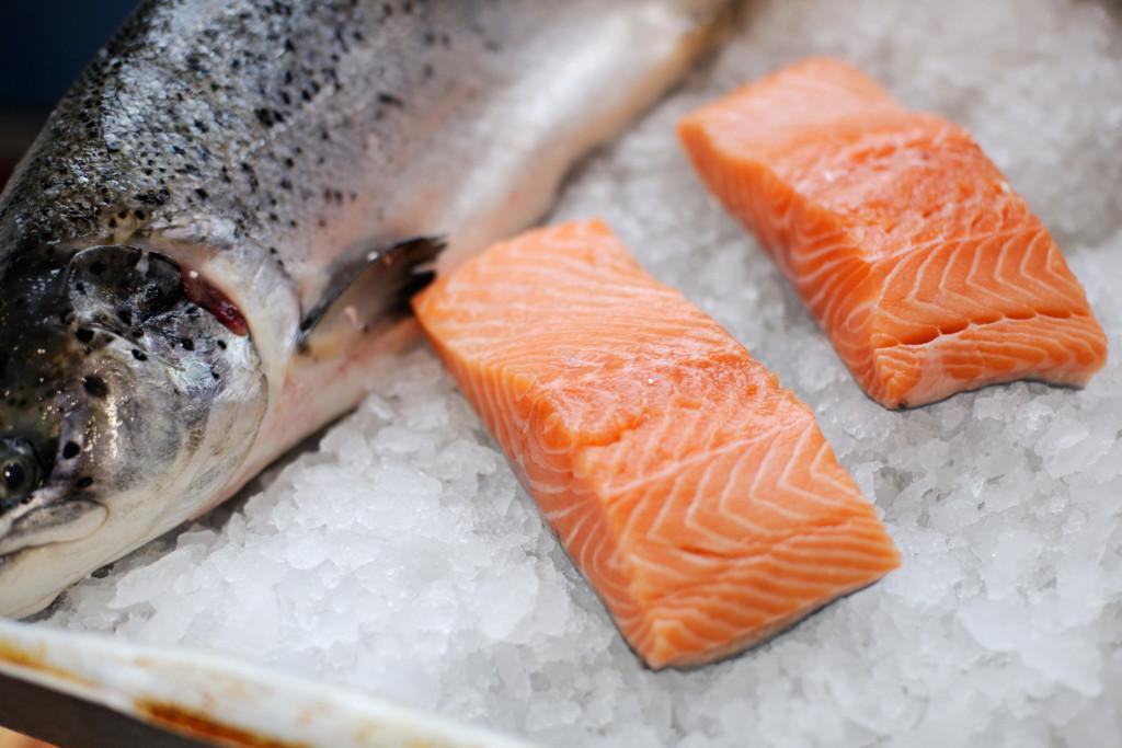 中國證實「鮭魚跟武肺無關」曝北京市場還有「40處驗出病毒」