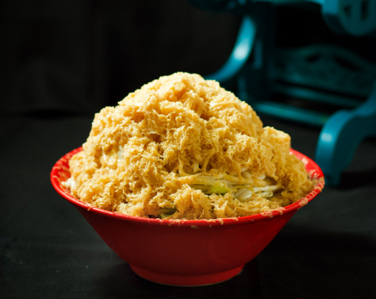 日本獵奇「拉麵剉冰」整碗冰凍拿去剉 加料可選叉燒肉!