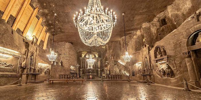 神秘「地下鹽穴」推翻想像 藏「2千個密室」撐起全國經濟!