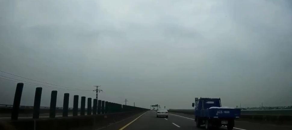 開歐系進口車「被連開19張罰單」 車主怨:車燈設計有陷阱