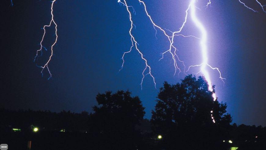 暴雨來前都會有「一種感覺」?專家:你身邊的空氣在給暗示