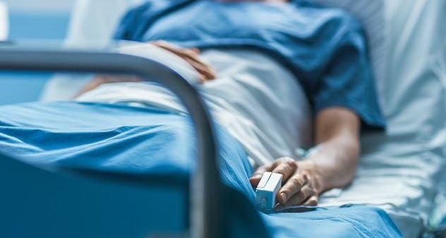 確診出現詭異新症狀 62歲男「硬4小時」靠抽血才終於軟