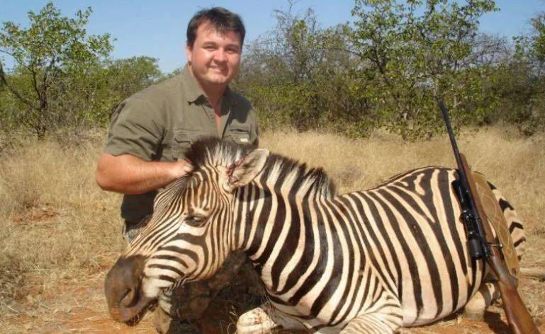 動保經理被起底「囂張盜獵紀錄」團隊護航:他有保育動物的能力