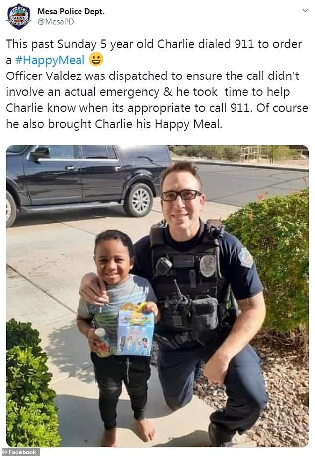 5歲童報警點「快樂兒童餐」 暖警「真的外送到家」原因超帥氣!