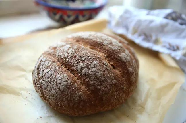 烘焙師用「尿液」製作麵包 去女廁「蒐集材料」竟能拯救地球!