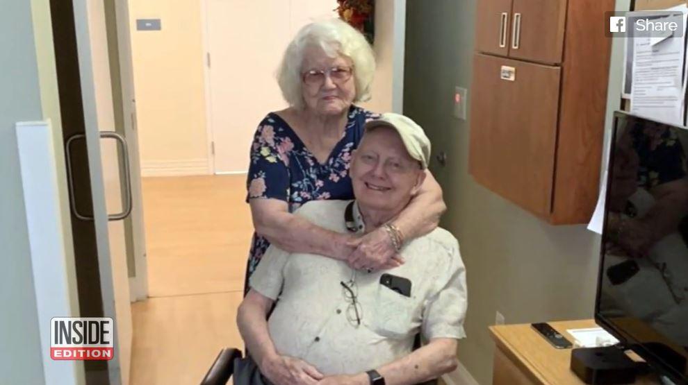 90歲老翁「冒生命危險」只為跟愛妻訣別!他哽咽:終於牽到妳的手