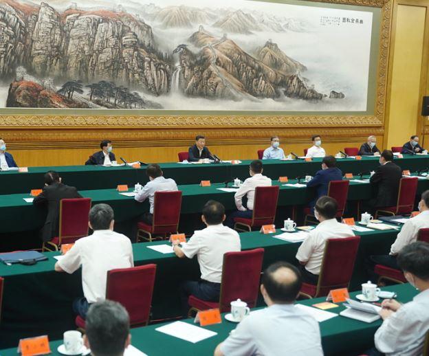 習近平宣佈「中國經濟」比預期好 溫馨提醒企業家「要更愛國」