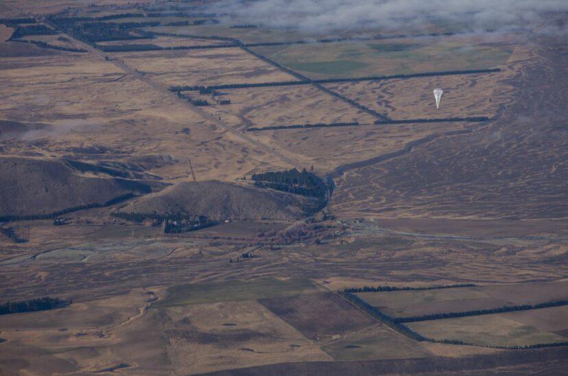 肯亞人靠「超巨大氣球」手機終於有網路 35顆撐起全國流量!