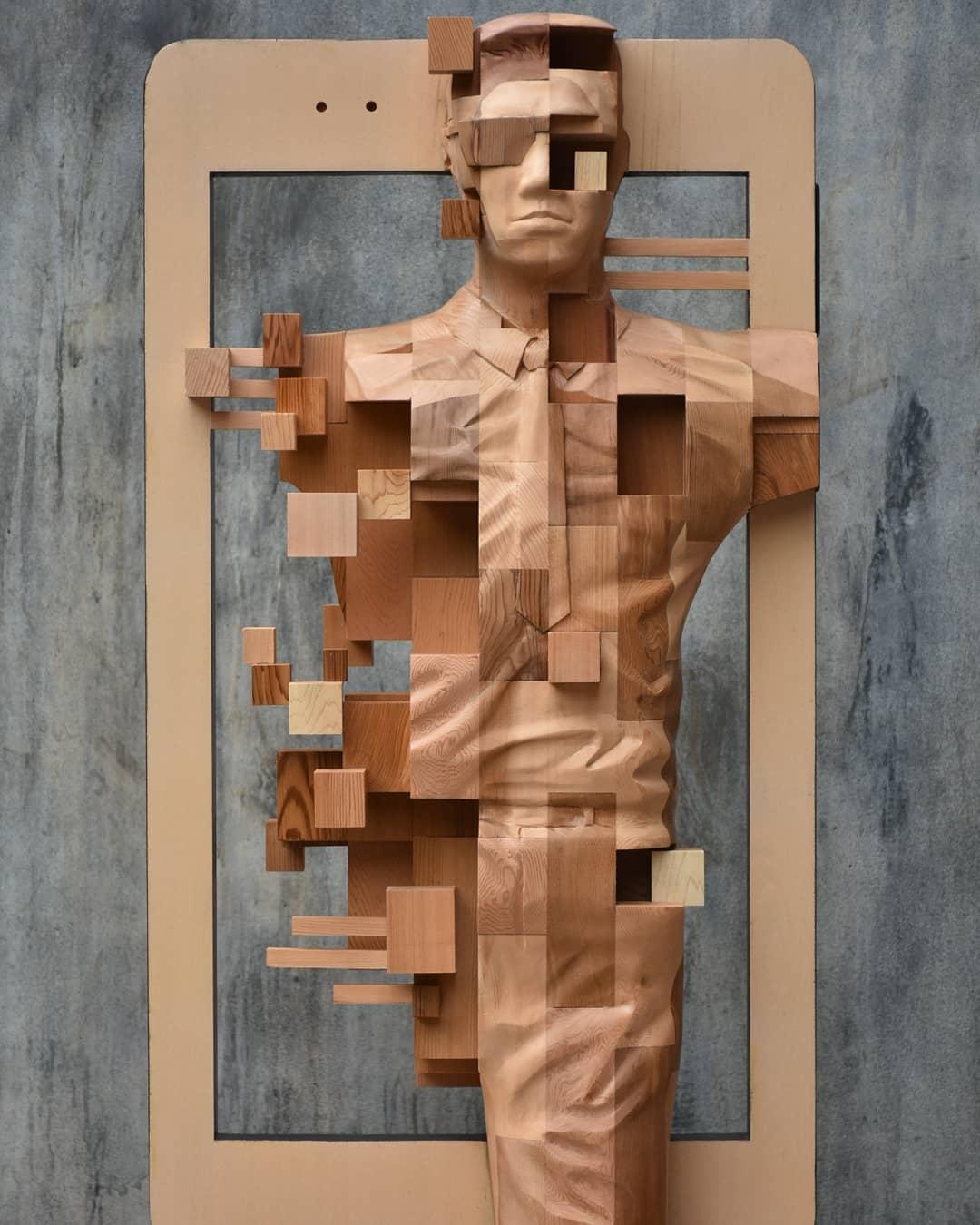 台灣藝術家「把木雕像素化」 變成碎片的「兵馬俑」紅到國外!