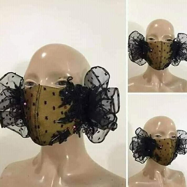 美容院推「能增加女人味」的口罩 設計款「把枕頭放臉上」太浮誇