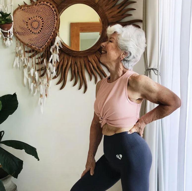 73歲阿嬤花3年練成「超驚人二頭肌」 她分享祕訣:太多人不夠愛自己