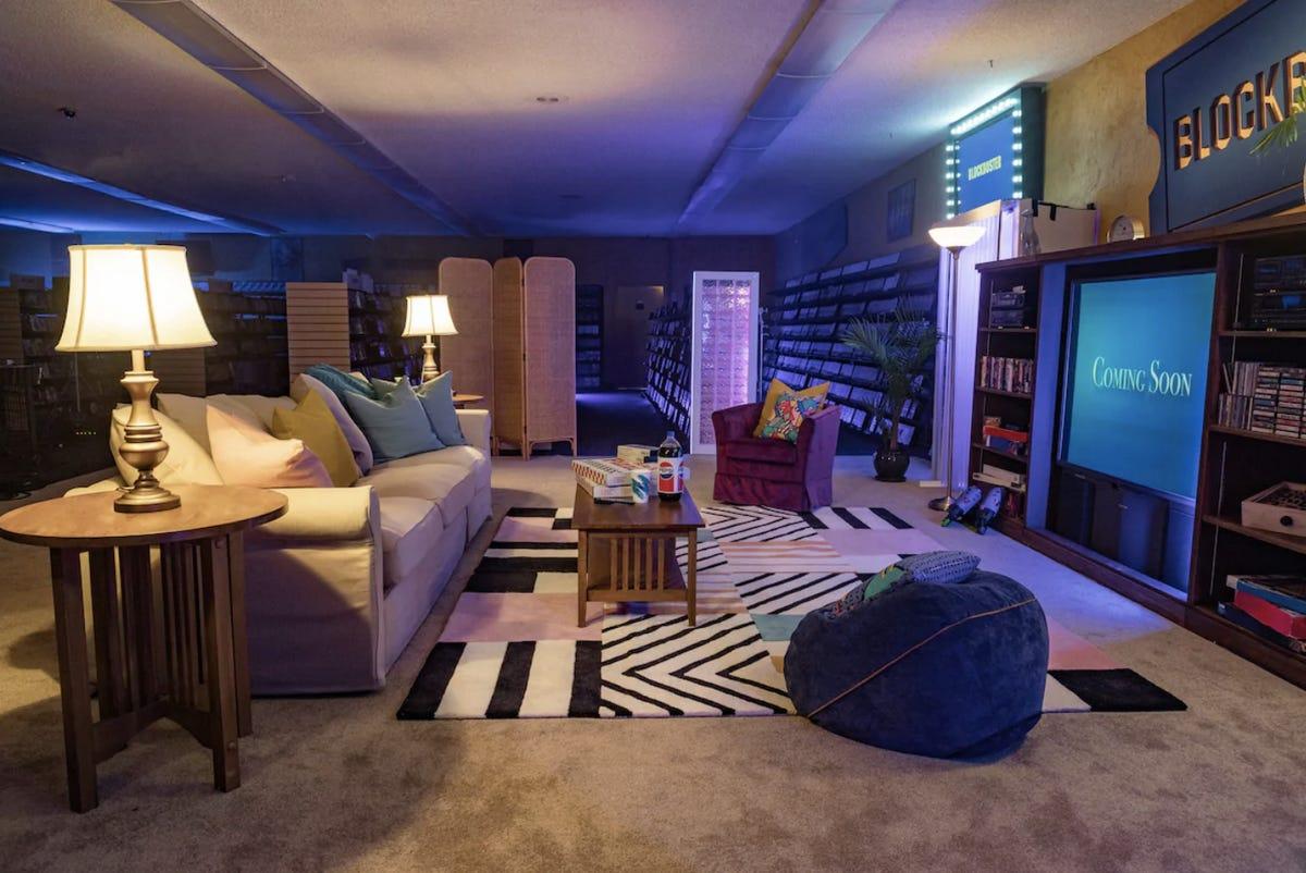 「最後一間百視達」加入Airbnb 不用「一張電影票錢」就能整晚看到飽!