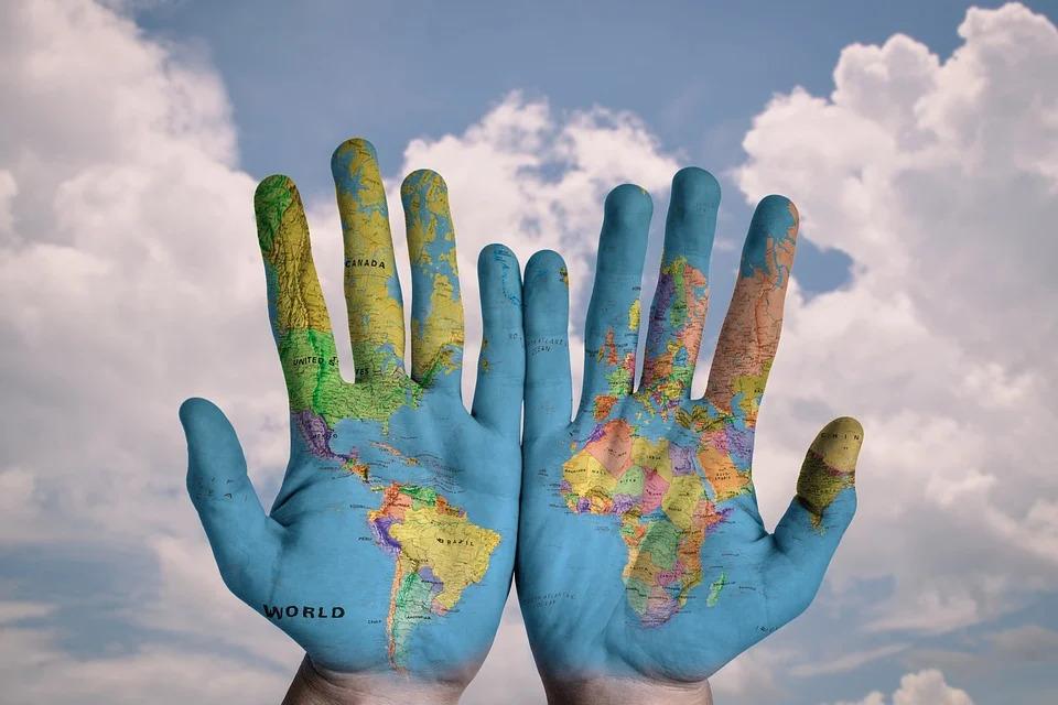 今天是「國際左撇子日」!9個除了「左撇子比較聰明」以外的冷知識