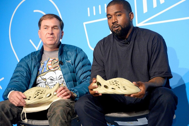 肯爺發表「Yeezy潮鞋」新一代設計 超詭異造型網友秒噴飯!