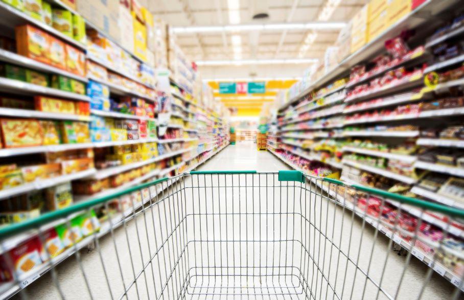 超市手推車「神奇框框」不是用來掛包包?網揭超方便真實功用