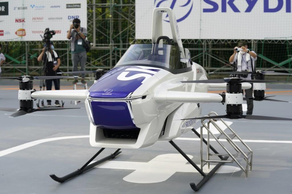 TOYOTA可載人「飛行車」試飛成功 最快有望2023就上路!