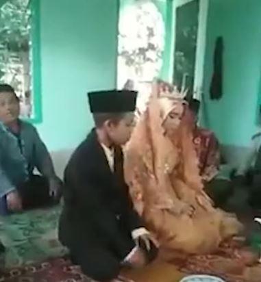 小情侶貪玩晚回家 女孩家長「逼婚」成功:不娶違反習俗