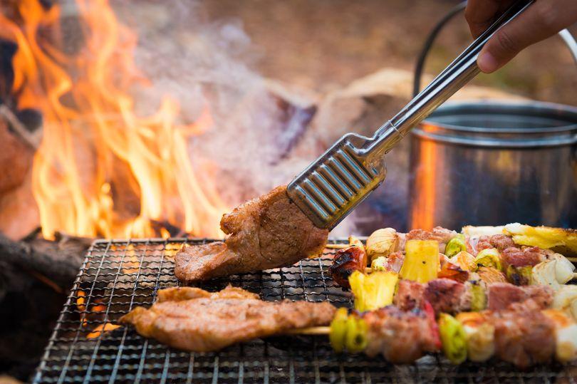 中秋節不想再落漆?主廚分享「不毀食材烤肉法」...用刷的是關鍵!