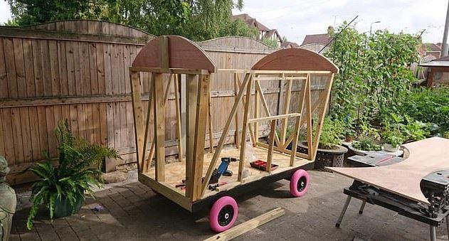 疼孫魔人DIY「童話式小屋」完美內裝讓人想投胎當他孫女❤
