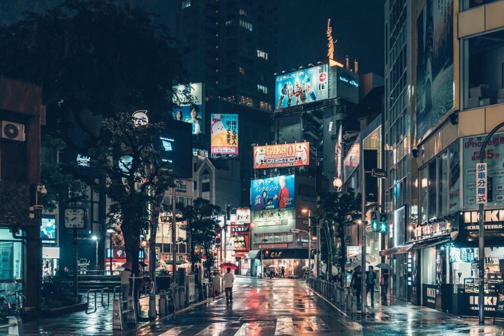 老店狂歇業!攝影師拍下「2020年的大阪」全網心碎:像平行時空