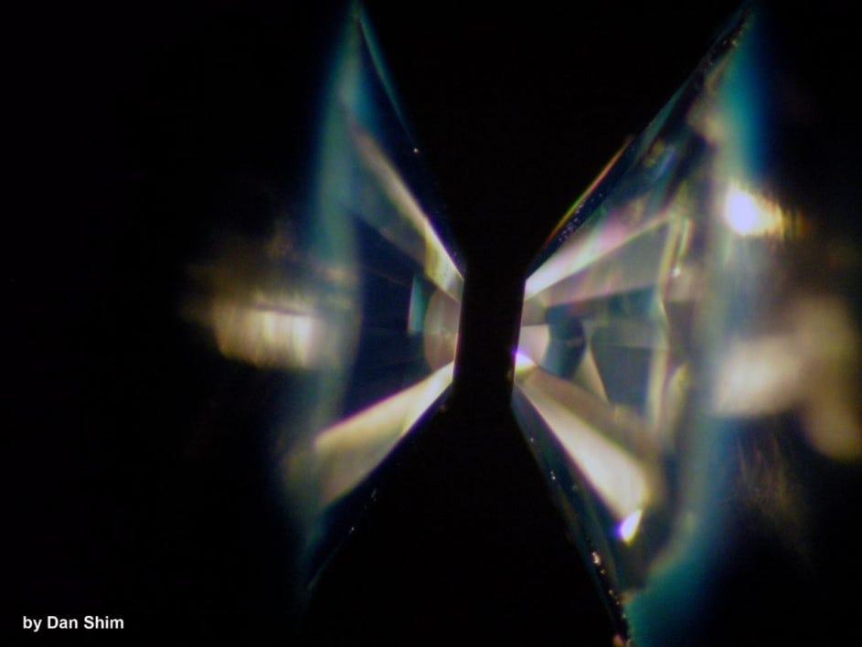 鑽石在太空彷如垃圾?研究證「鑽石星球」真的存在:多達萬億顆
