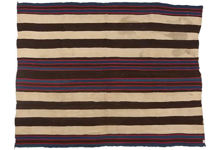 20件「以為是垃圾」的超稀有古董 阿嬤舊毛毯可買4棟房!