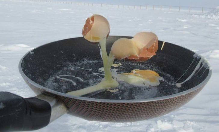 20個「一輩子沒機會看到」的自然驚奇照 「在南極煎蛋」像變魔術