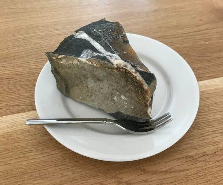 18個「比奧斯卡影帝更會演」的日常事物 偽裝成肉的烤棉花糖!