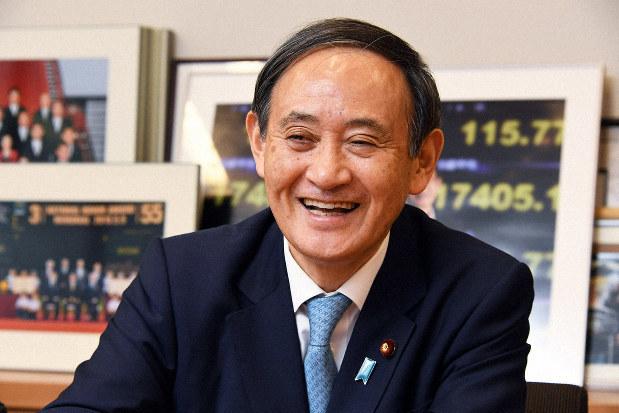 紙板工人「令和大叔」接下日本新首相 曾為競選「走壞6雙鞋」!