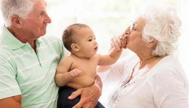 鄰居體諒「嬰兒半夜爆哭」 只求「阿嬤不要再跟著叫」網笑翻