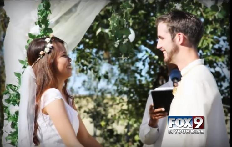 女孩嫁給「14年前送自己禮物」的男孩 戀愛故事比童話還浪漫!