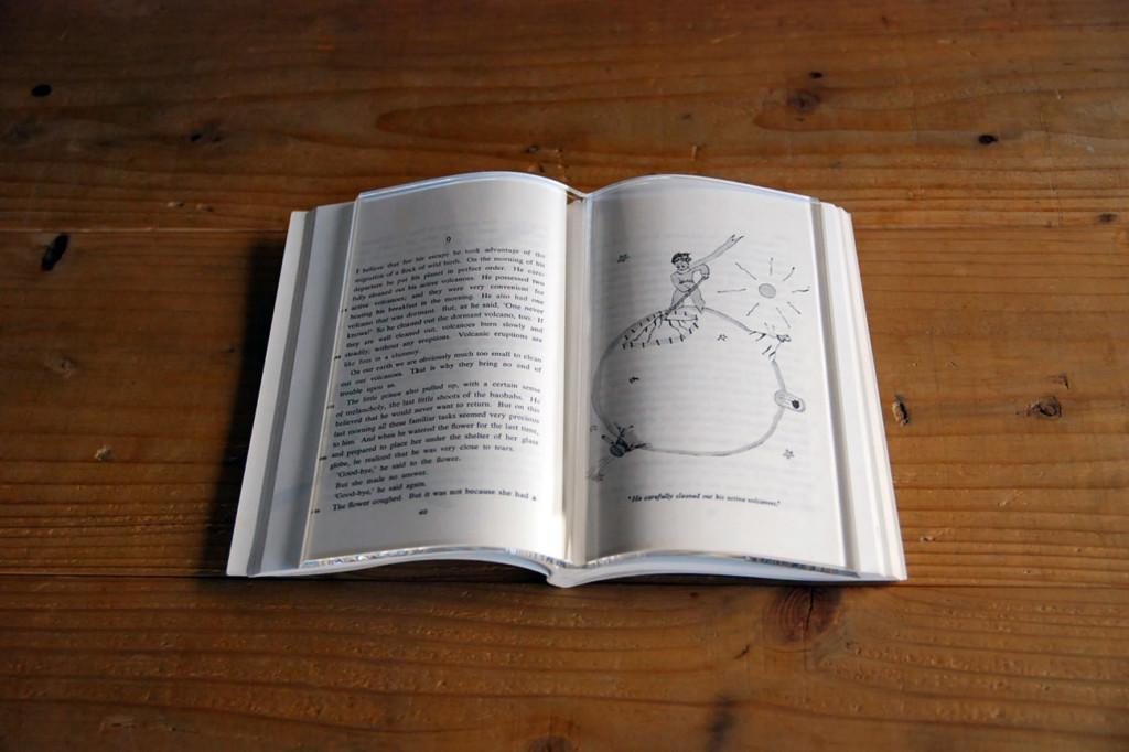 日本神秘「透明書」爆紅 實際功能「太貼心」書蟲狂讚:可以買!