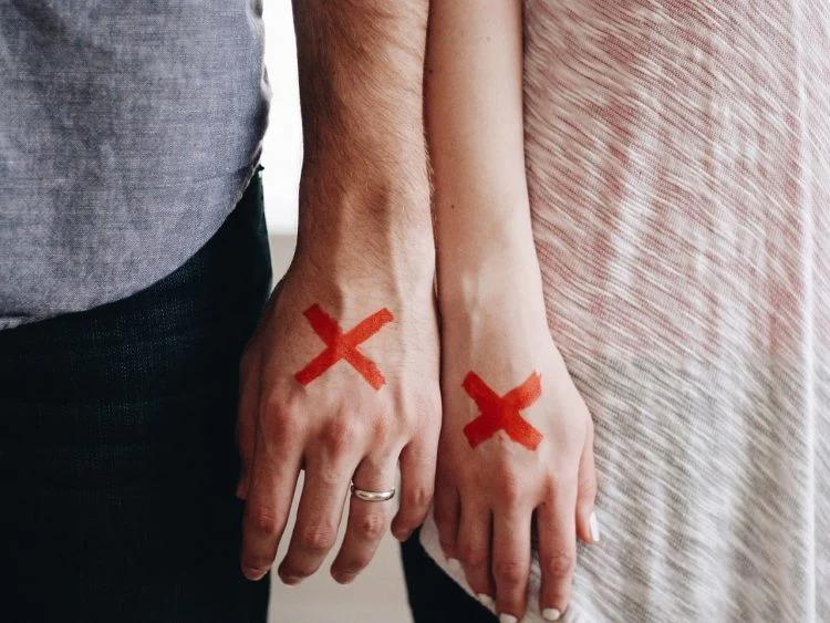 因「老公太愛我」氣到離婚 女子法庭哭訴:他都不跟我吵架!