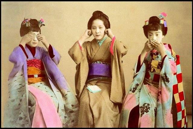 100年前超流行的拍照姿勢?日本女生「三猿」動作背後竟是惡趣味